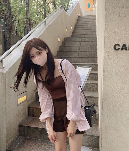 キャミ×長袖コーデ