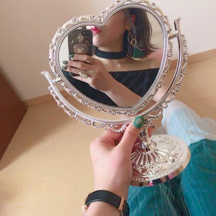 手鏡でインスタ映え