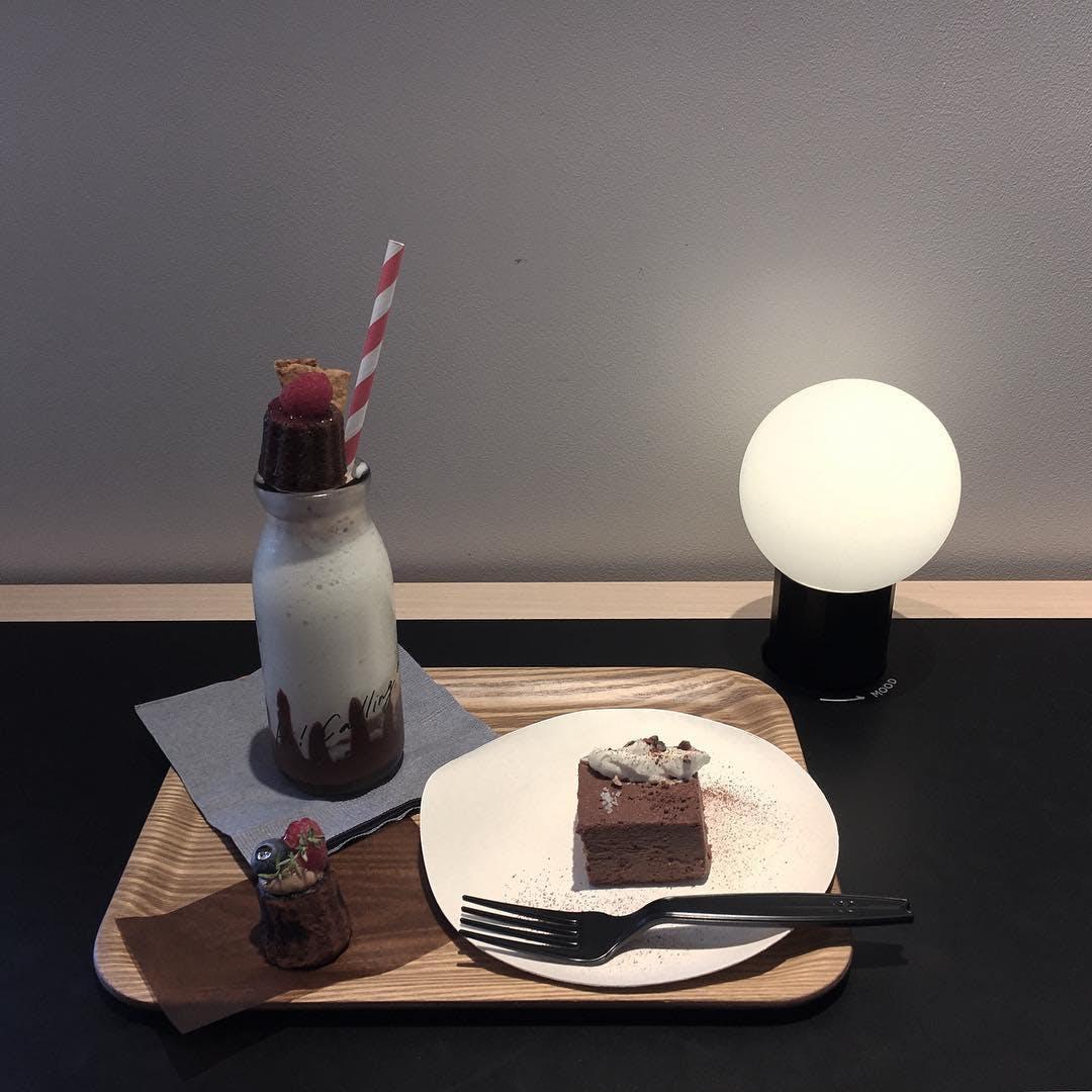HI-CACAO CHOCOLATE STAND(代官山)