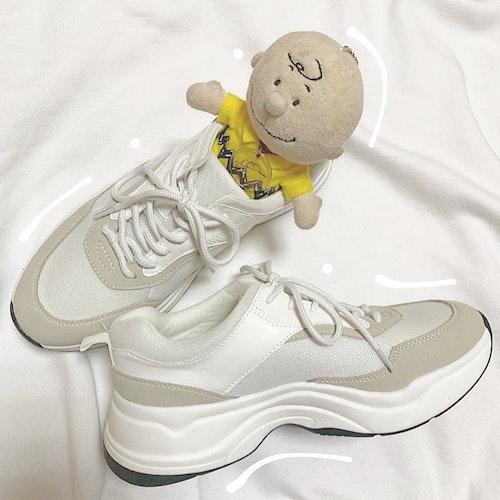 靴にぬいぐるみ