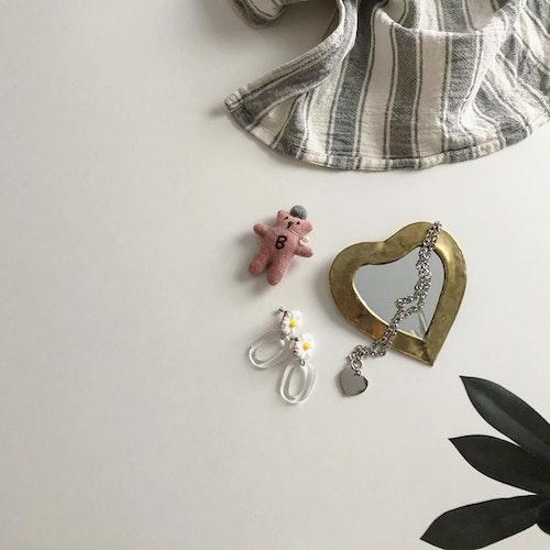Launa accessory