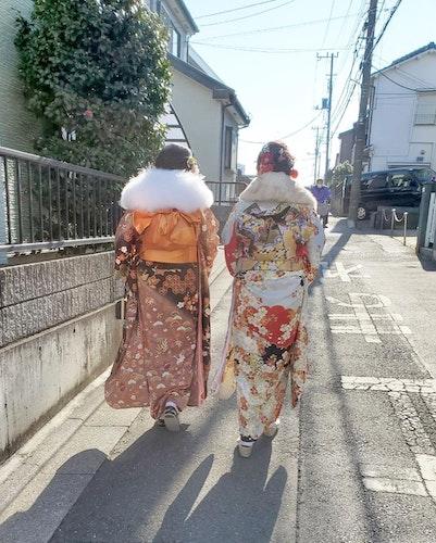 【成人式】白地振り袖