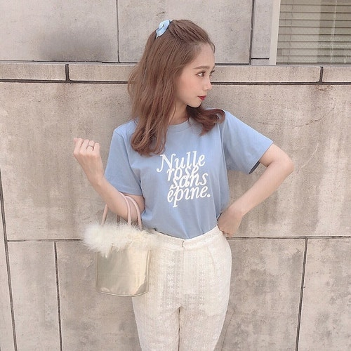 épineのTシャツ