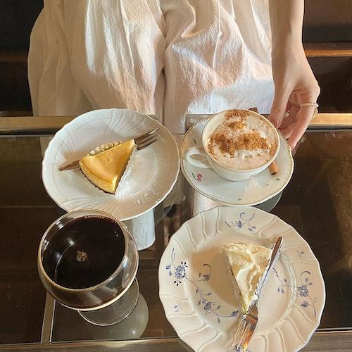 Café Les Jeux Au Grenier