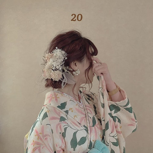 【2020成人式】ホワイト・ベージュ系振袖