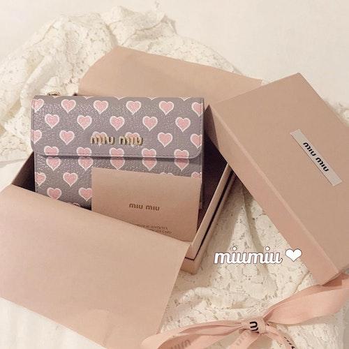 MIUMIUのお財布