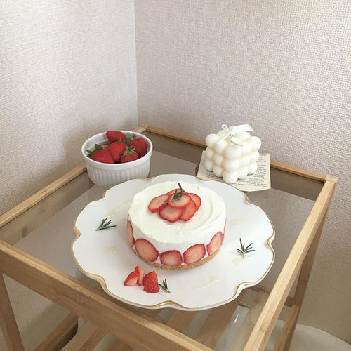 韓国風いちごケーキ