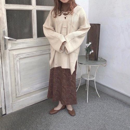 ペイズリー柄スカート